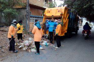 31ธ.ค.60 งานบริการรักษาความสะอาด พัฒนาพื้นที่ซอยสุขมาศและพื้นที่เดชอุดมซอย5