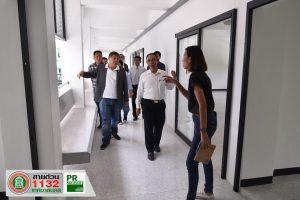 3 ต.ค.62 คณะผู้บริหารเทศบาลนรครฯตรวจสอบความคืบหน้าปรับปรุงห้องเรียนบริเวณ ชั้น 1 อาคารเรียน 2 ห้องเรียนเด็กอนุบาล ณ โรงเรียนเทศบาล 1 (บูรพาวิทยากร)